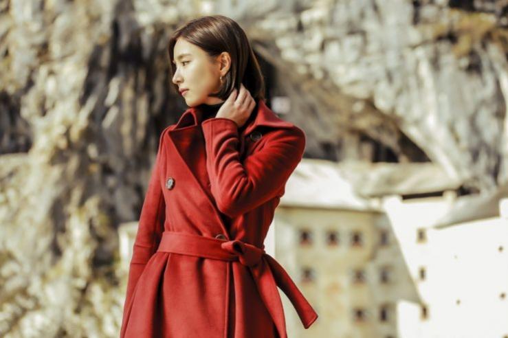 Black-knight-Shin-Se-Kyung