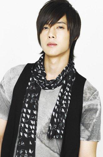 Hallyu prince makes music comeback