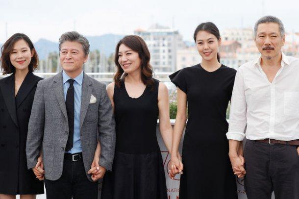 Tilda Swinton's standing ovation for Hong Sang-soo