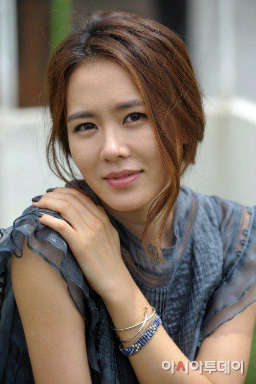 Ye-jin Son Nude Photos 62